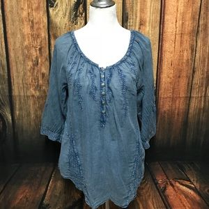 Chambray embroidered blouse Nine West Sz Large